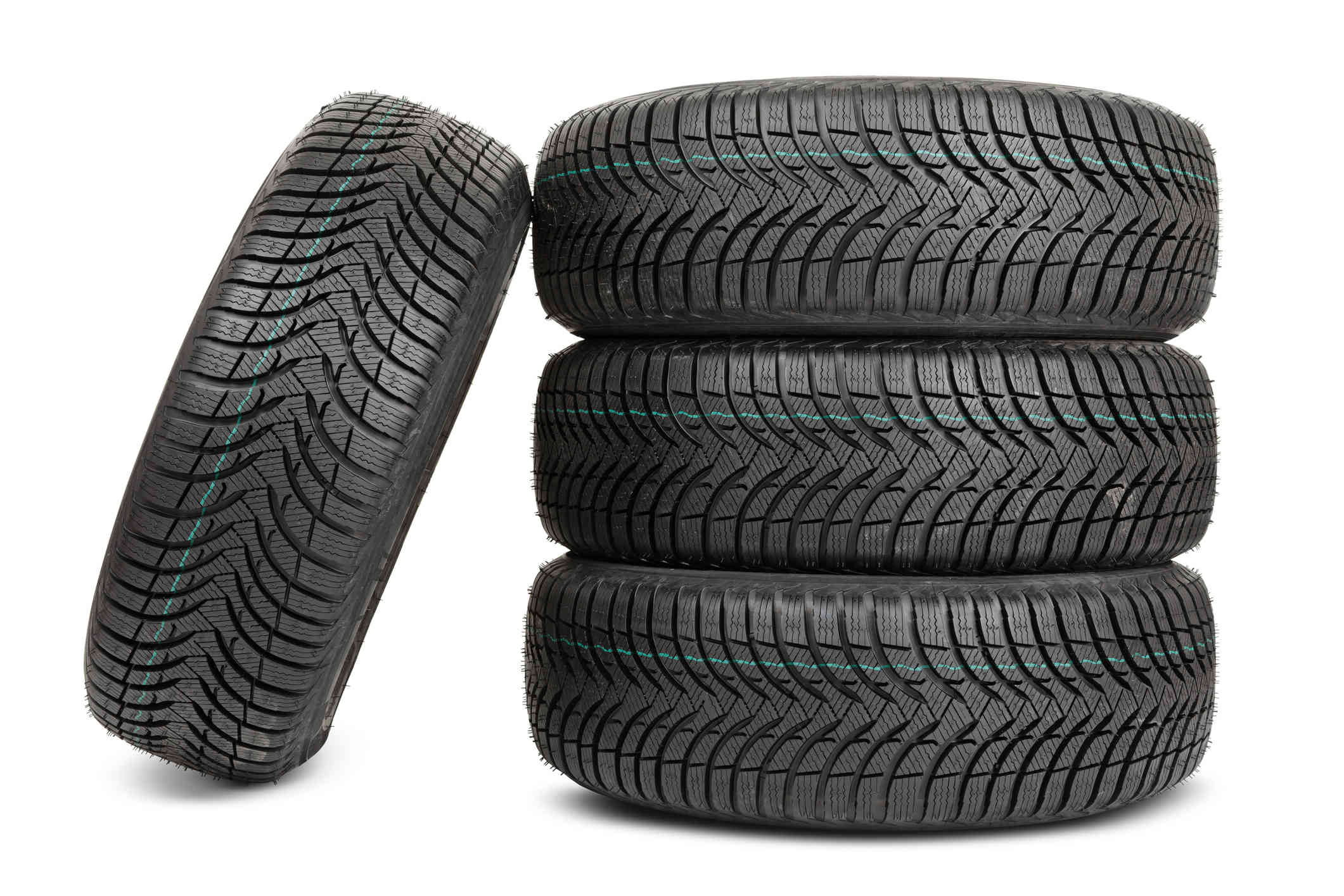 The Road to Safety: What's Ushering Change in Commercial Vehicle Tires Market?