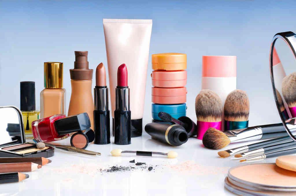 How safe is my Makeup?, Color Cosmetics Industry   Technavio